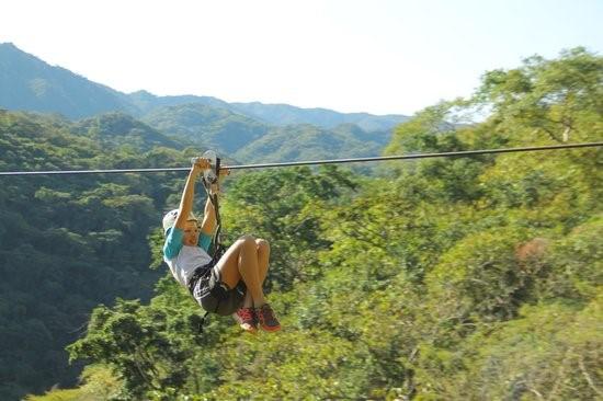 Jungle Breezes Canopy Tour