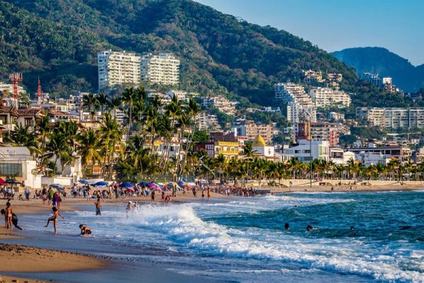 Why Retire In Puerto Vallarta