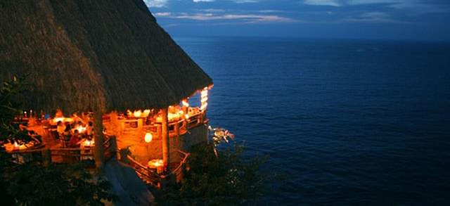 palapa restaurant le kliff perched over the ocean