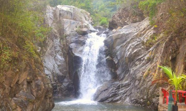 cascade above quimixto jalisco mexico