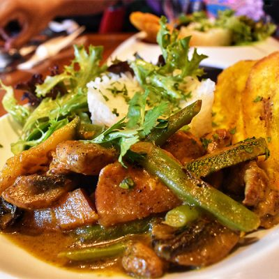 Dominican Curry Chicken